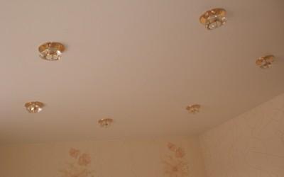 Матовые натяжные потолки в Томске